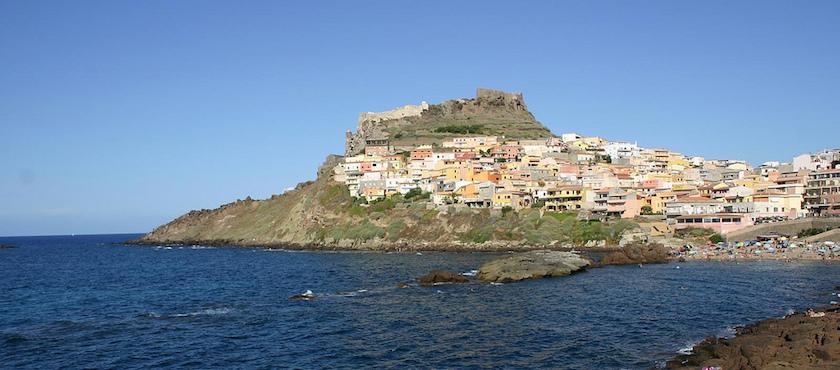 traghetti Sardegna in estate
